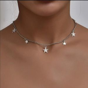 Jewelry - NEW CUTE SILVERY STARS CHOKER NECKLACE